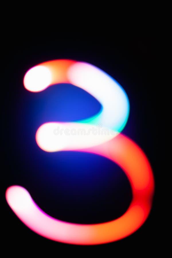 Chiffre 3 Trois Nombres Rougeoyants Sur Le Fond Foncé Peinture Légère  Abstraite La Nuit Bokeh Coloré Artistique Créatif An Neuf Illustration  Stock - Illustration du image, alphabet: 125374403