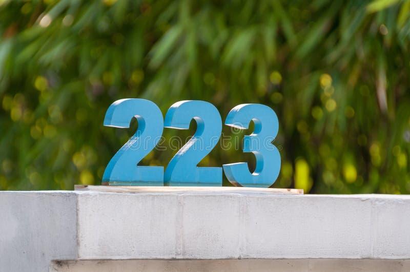 Chiffres arabes de 223, deux cents vingt-trois images stock
