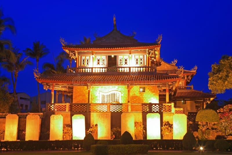 chihkan башня tainan taiwan места ночи стоковая фотография