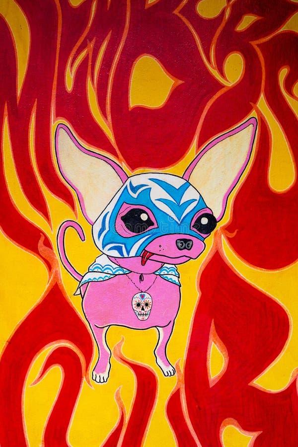 Chihuahuaen vaggar stads- konst för hunden, sohoen, London arkivfoton