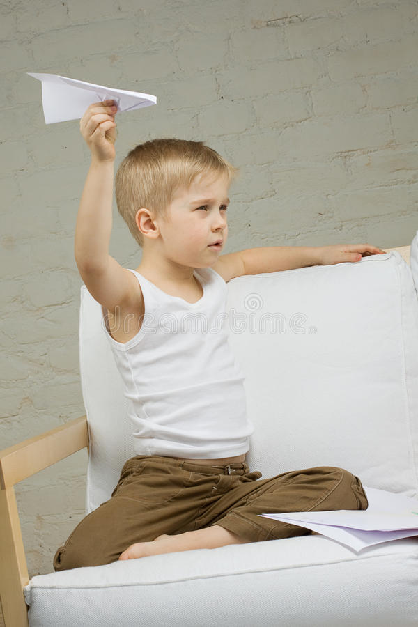 Free Child Boy With Airplane Royalty Free Stock Photography - 19739417