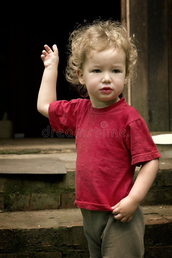 Free Child Is Afraid Of Darkness Royalty Free Stock Images - 967749