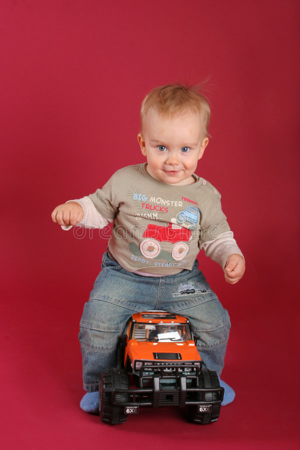 Free Child On The Car Royalty Free Stock Photography - 5556717