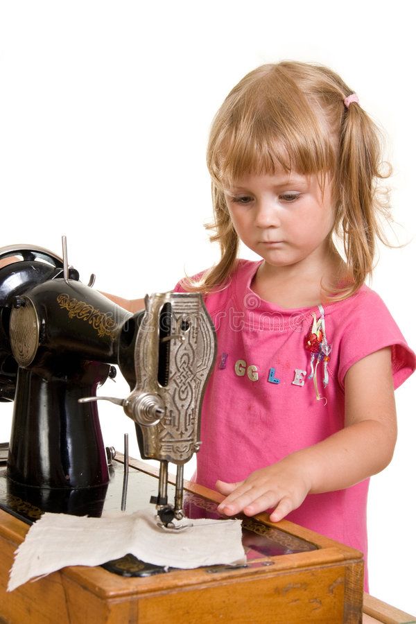 Free Child Sewing Royalty Free Stock Photos - 2925058
