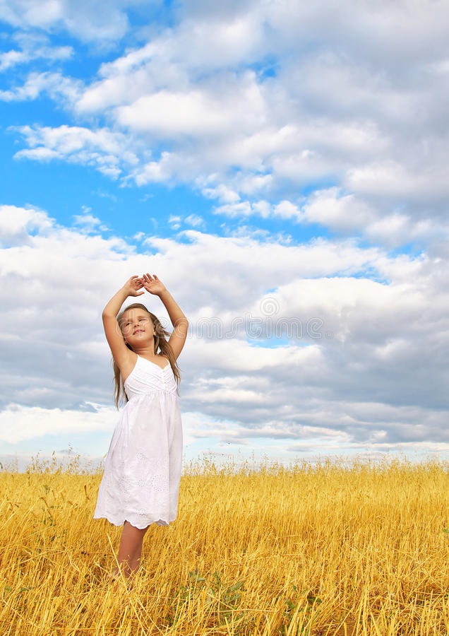 Download Child In The Wheat Field Royalty Free Stock Image - Image: 26114346