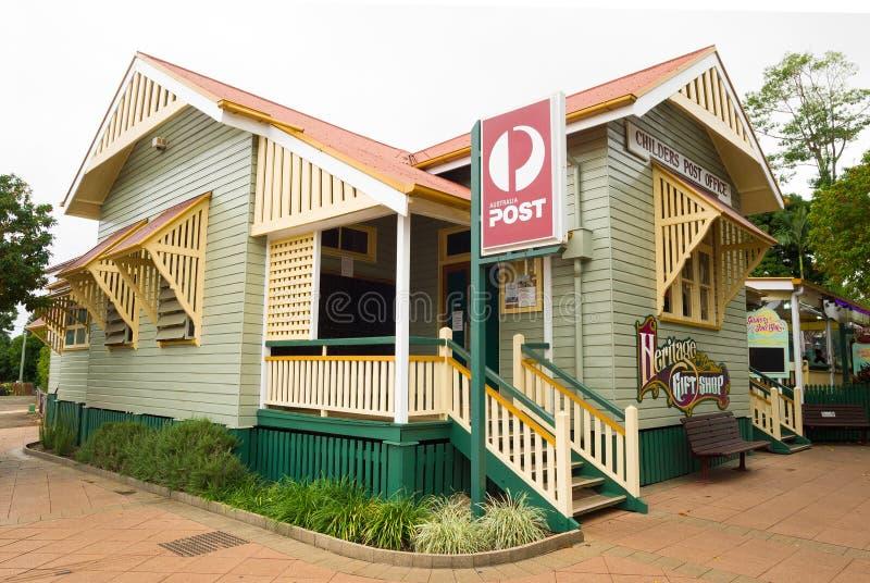 Childers stolpe - kontor och arvpresentaffär i Queensland, Australien royaltyfria foton