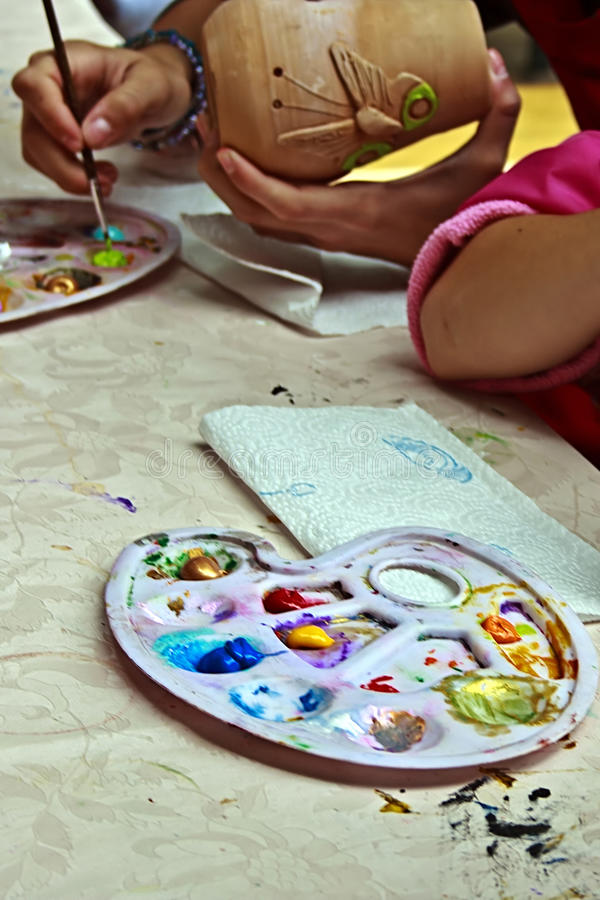 Download Children Painting Pottery 7 Editorial Image - Image of occupation, coloring: 39514645