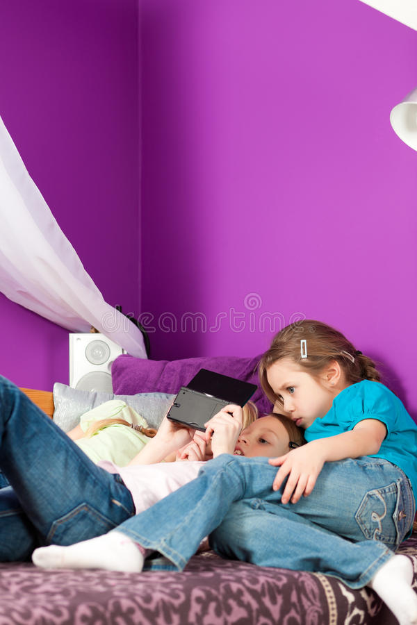 Download Children Playing Video Games Stock Image - Image: 19043881