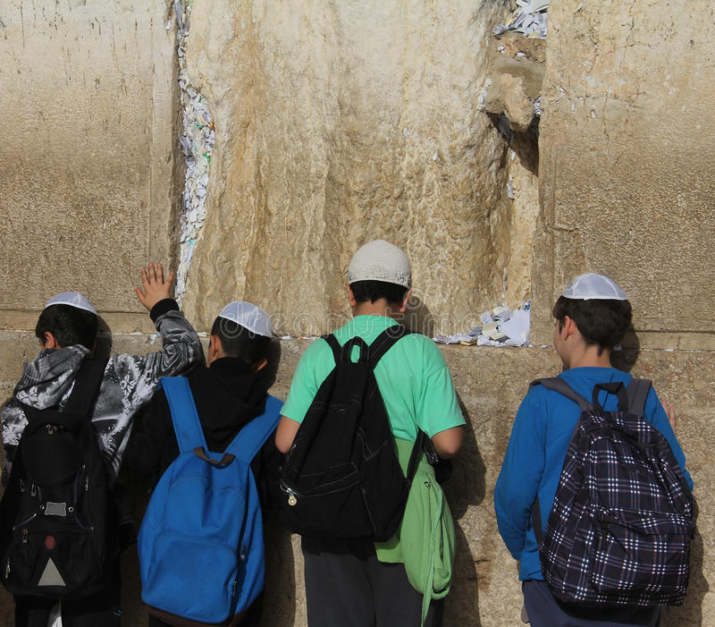 Download Children  At The Wailing Wall Editorial Photo - Image: 23886186