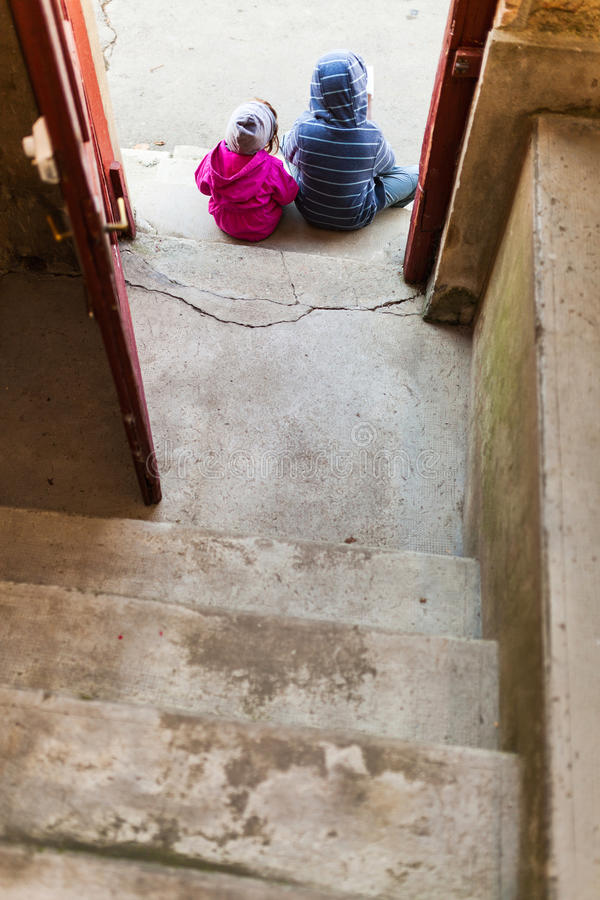 Download Children Waiting By The Entrance Stock Image - Image: 41622637