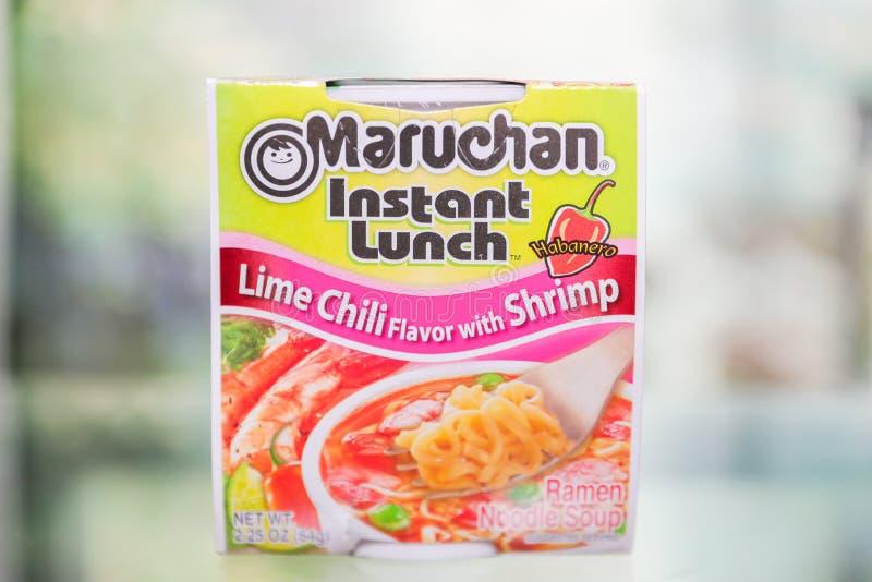 Chile inmediato de la cal del almuerzo de Maruchan con sabor del camarón foto de archivo libre de regalías