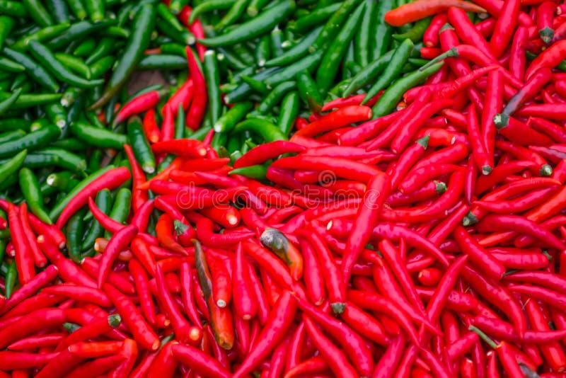 Chile rojo y verde foto de archivo