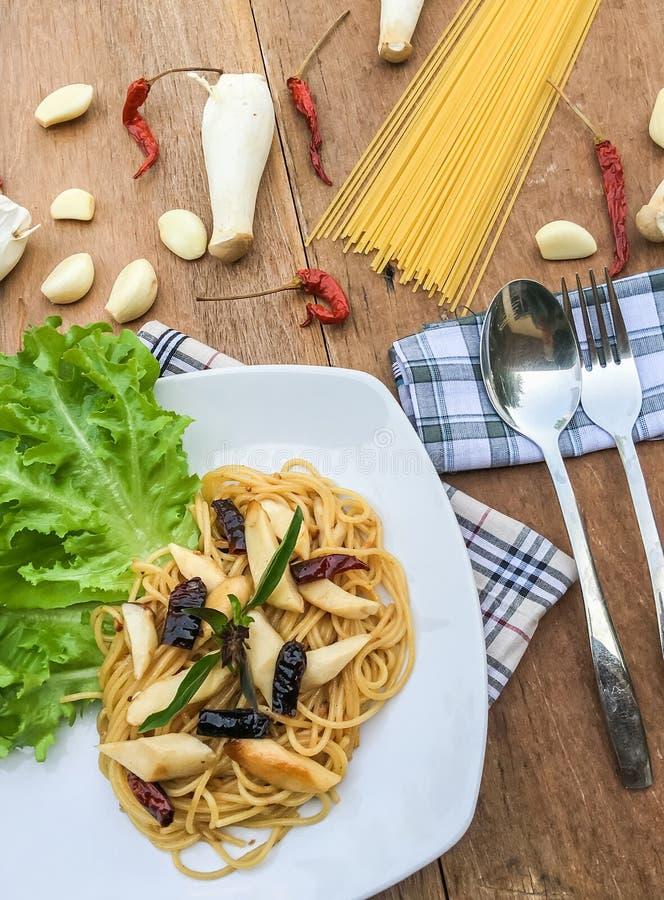 Chili высушенный спагетти стоковое фото