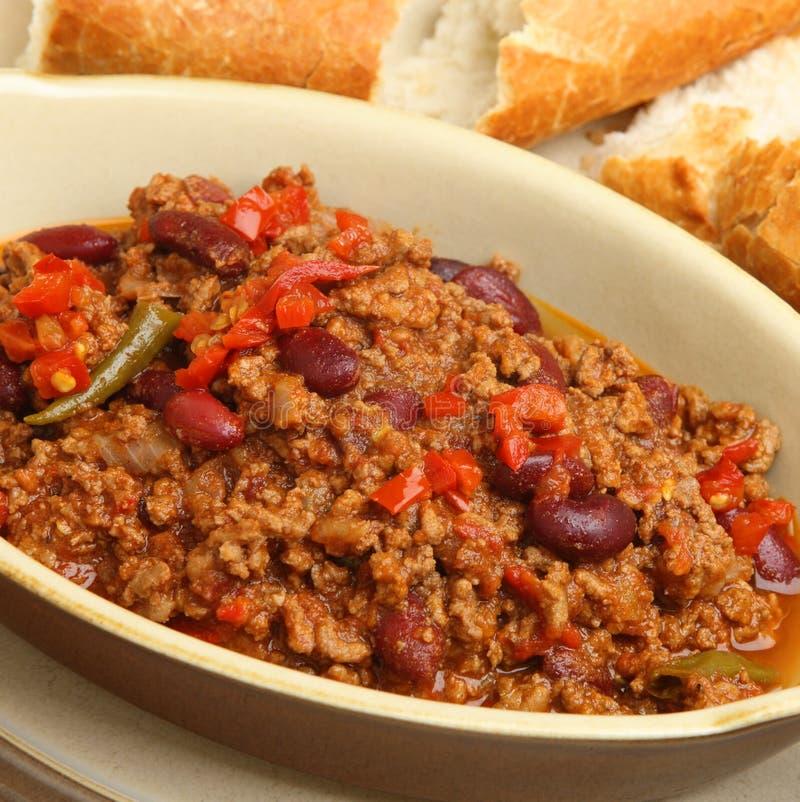 chili con carne mit krustigem brot stockbild bild von cuisine bohnen 33610655. Black Bedroom Furniture Sets. Home Design Ideas