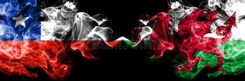 Chili versus Wales, Welse rokerige zij aan zij geplaatste mysticusvlaggen Dik gekleurde zijdeachtige rookcombinatie van Wales, Be stock fotografie