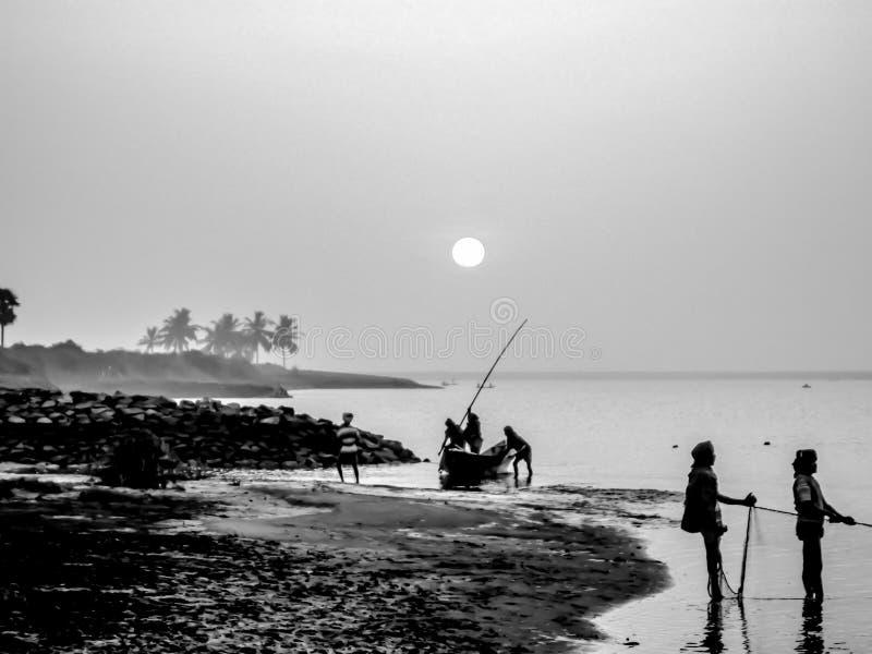 chilika湖风景视图在黎明期间的 免版税库存图片
