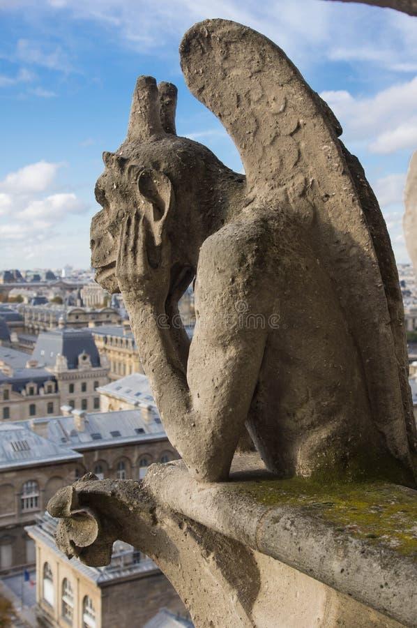 Chimère de la cathédrale de Notre Dame de Paris photographie stock