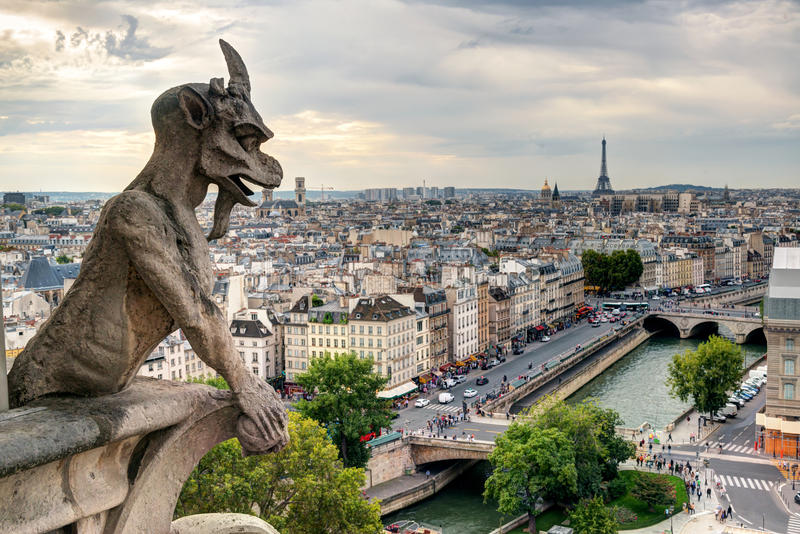 Chimera of the Cathedral of Notre Dame de Paris overlooking Paris stock photography