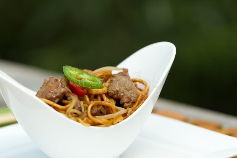 Chinês que janta fora imagens de stock royalty free