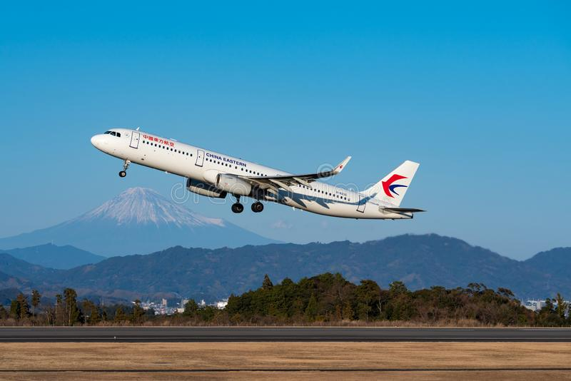 China Eastern Airlines Aerobus A321-200 start obraz stock