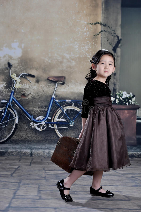 Download China girl stock image. Image of dressed, luggage, happy - 20669667