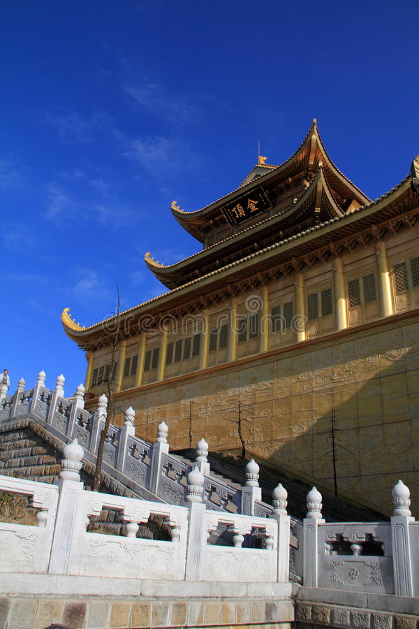 Download China Mount Emei Golden Summit Stock Image - Image: 22181229