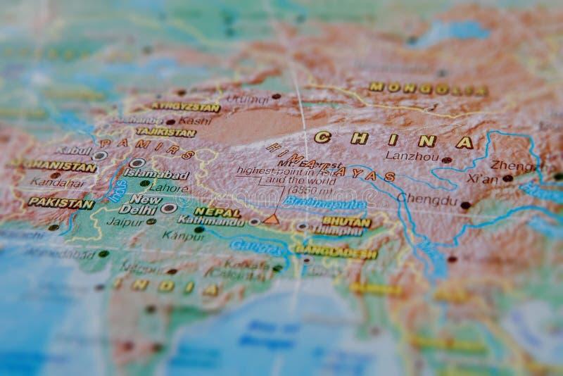 China no fim acima no mapa Foco no nome do pa?s Efeito do Vignetting imagem de stock royalty free