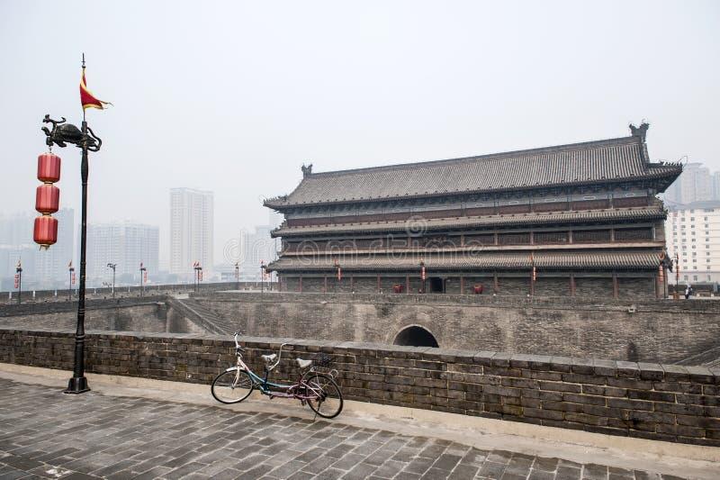 China: Xian city wall stock images