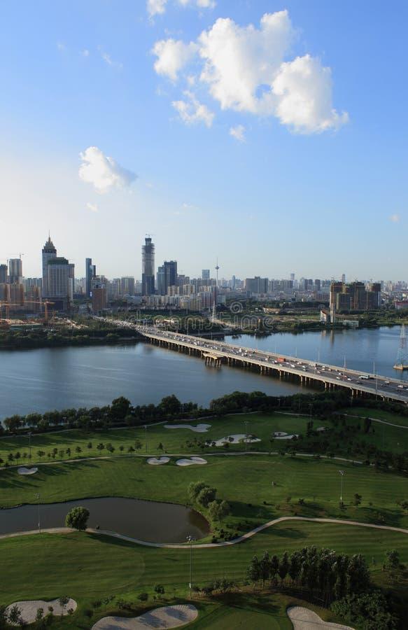 Chinas Liaoning-Provinzshenyang-Stadtbau lizenzfreies stockbild