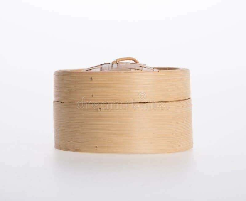 Chinees Gestoomd die Bamboe of Bamboe voor dimsum op backgroun wordt gestoomd royalty-vrije stock foto's
