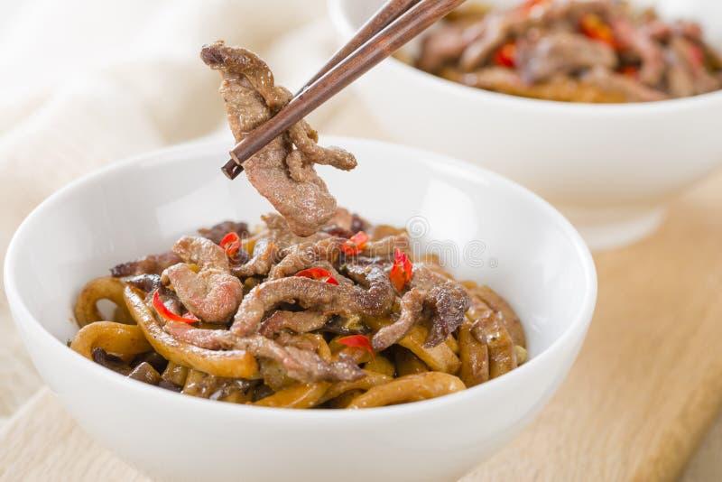 Chinees Kruidig Rundvlees en Zwart Bean Sauce stock afbeeldingen