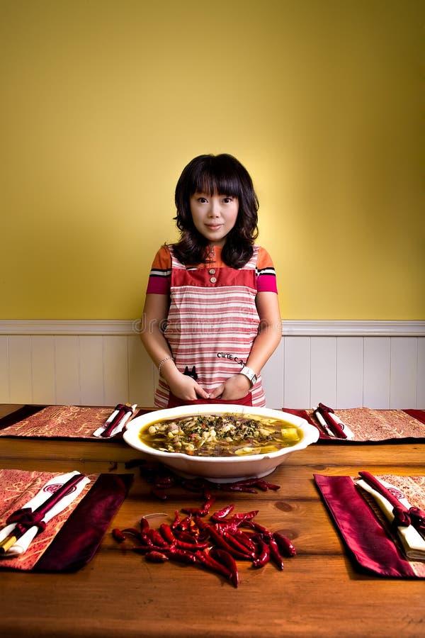 Chinees meisjes en voedsel royalty-vrije stock foto's