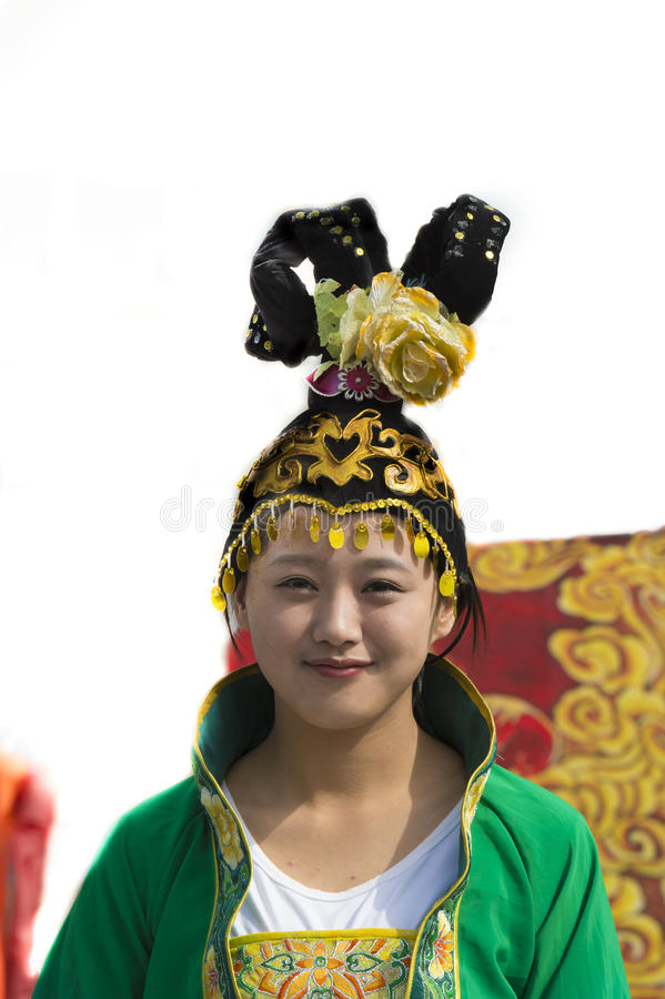 Chinees meisjes traditioneel hoofddeksel stock fotografie