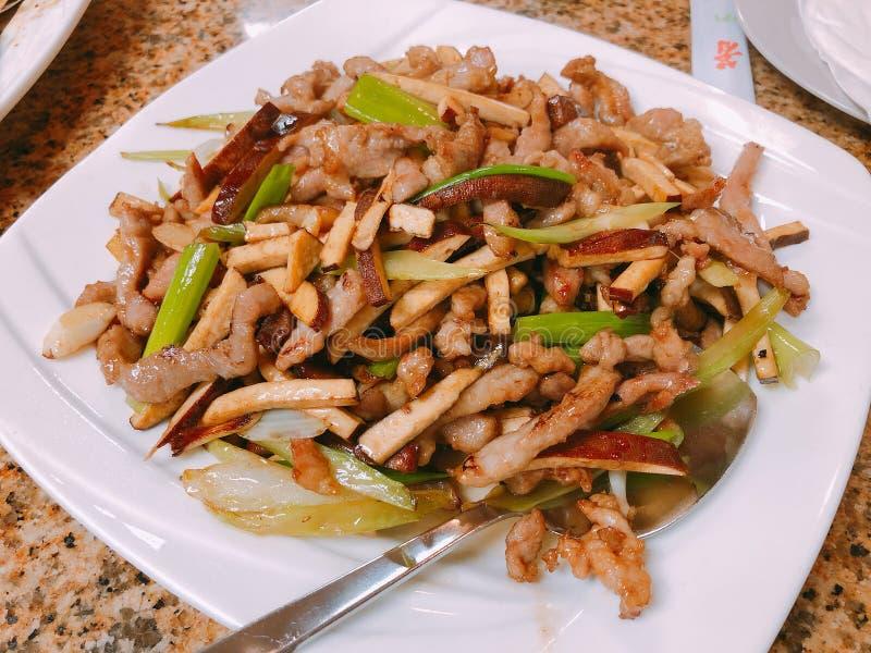 Chinees Voedsel, Verscheurd Varkensvlees met Bean Curd royalty-vrije stock afbeeldingen