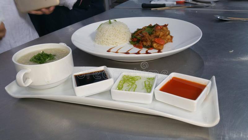 chines chilli rice and chicken pice and sope stock photography