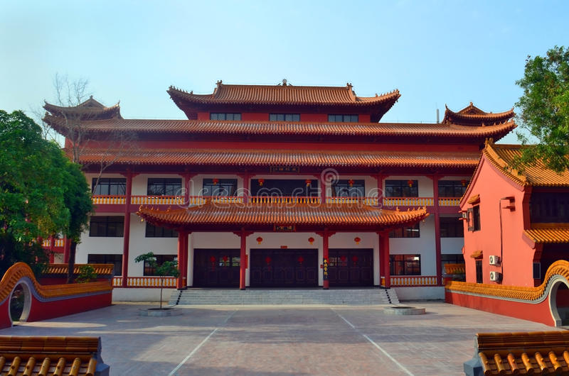 Chinese Boeddhistische tempel in Lumbini, Nepal - geboorteplaats van Boedha royalty-vrije stock foto