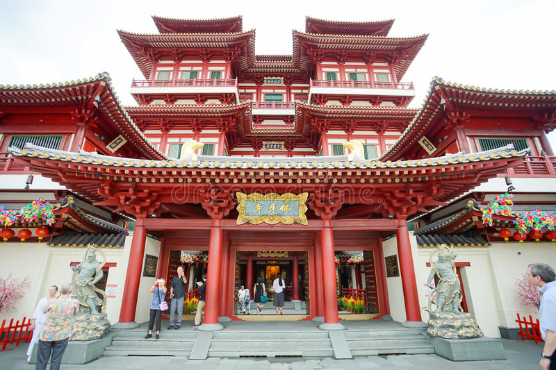 The Chinese Buddhist temple Buddha Tooth Relic Temple. SINGAPORE, JAN 20 2017: The Chinese Buddhist temple Buddha Tooth Relic Temple located in the Chinatown royalty free stock photography