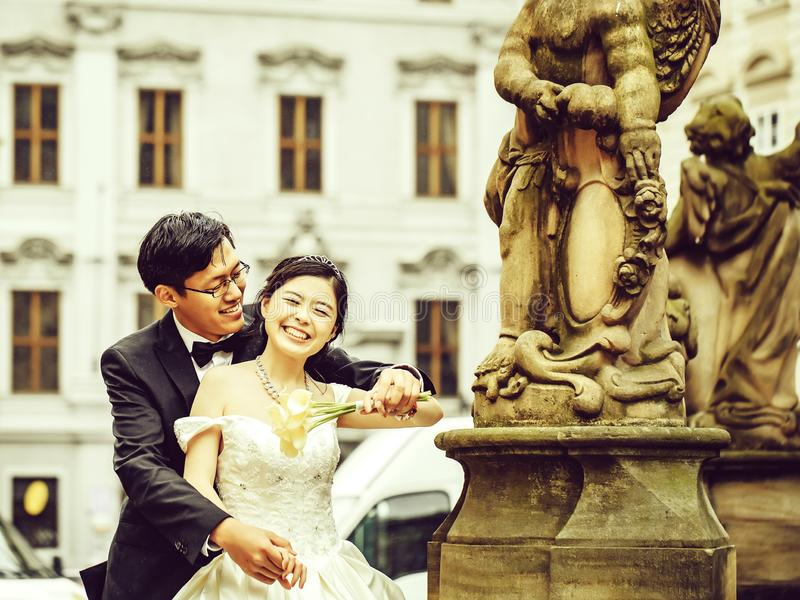 https://thumbs.dreamstime.com/b/chinese-cute-young-newlyweds-chinese-cute-happy-smiling-bride-groom-young-newlyweds-just-married-couple-streets-old-city-135131197.jpg
