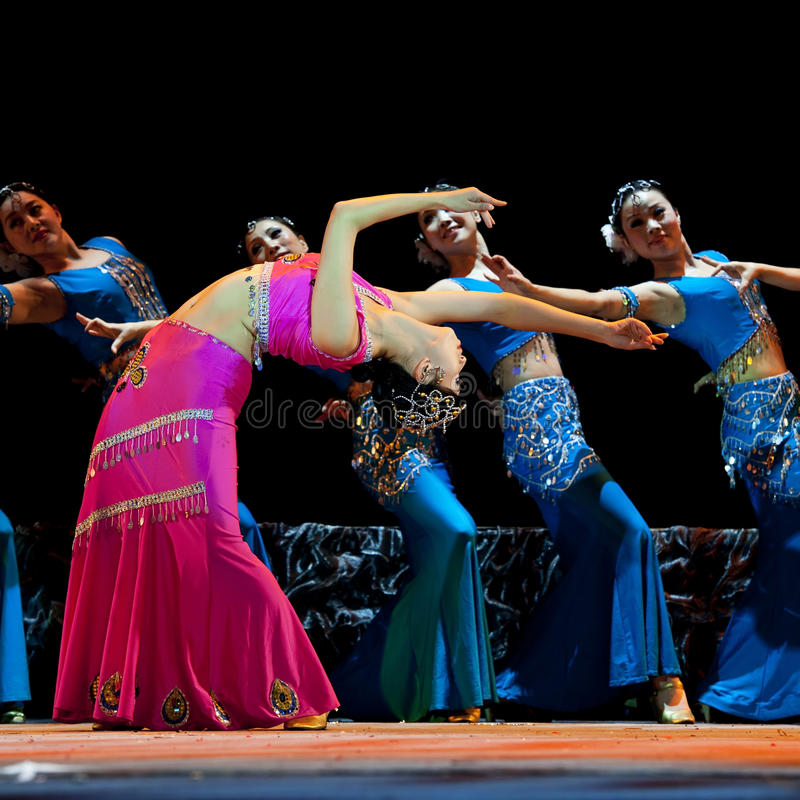 Download Chinese Dai Ethnic Dancers Perform On Stage Editorial Stock Image - Image: 18355814