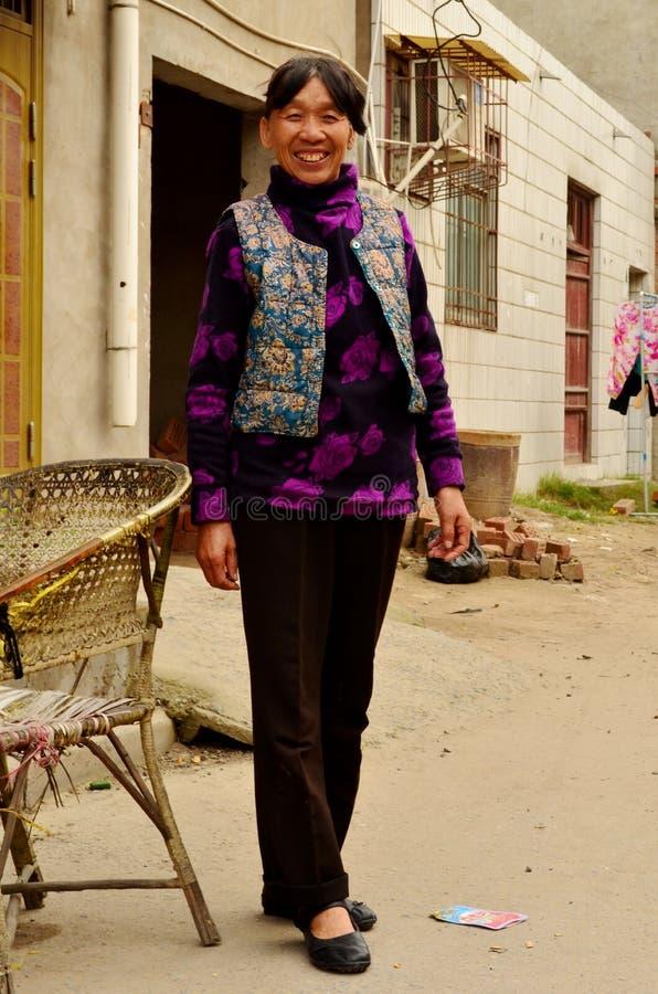 Chinese Dame door Huis, het Kaifeng, China stock afbeeldingen