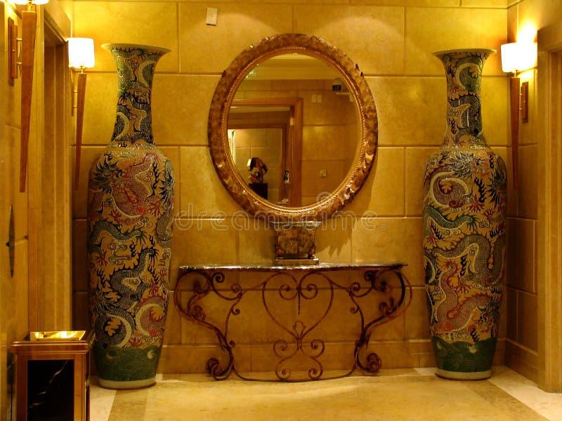 Chinese decoratie in een hotel van Nice stock foto's
