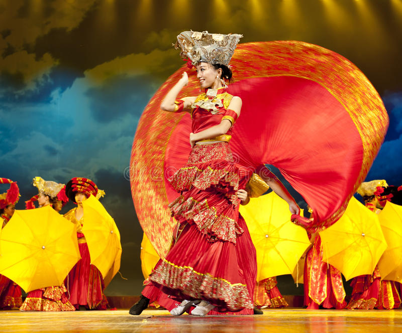 Download Chinese Ethnic Dance Of Yi Nationality Editorial Stock Photo - Image of intense, actress: 18387948