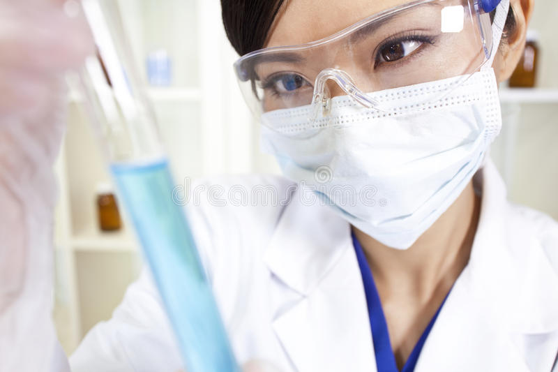 Chinese Female Woman Scientist In Laboratory Royalty Free Stock Images