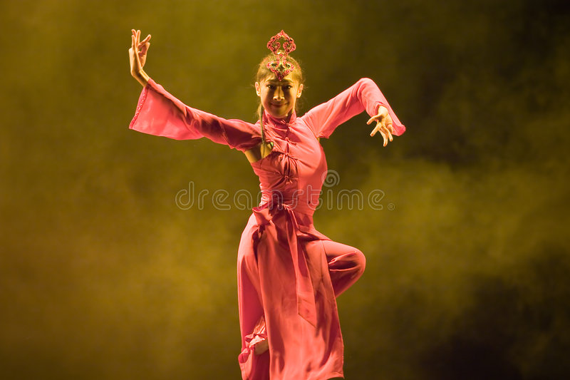 Download Chinese  folk dance editorial image. Image of arts, celebrate - 5303365