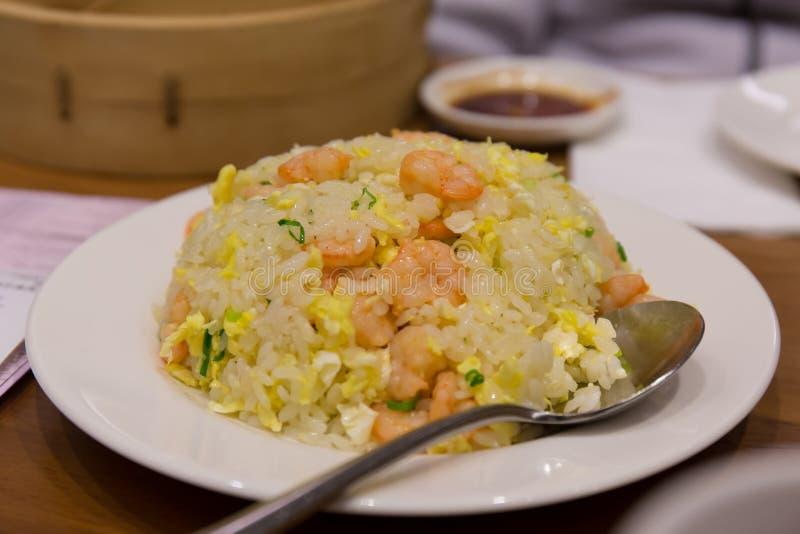 Chinese Garnalen Fried Rice stock afbeelding