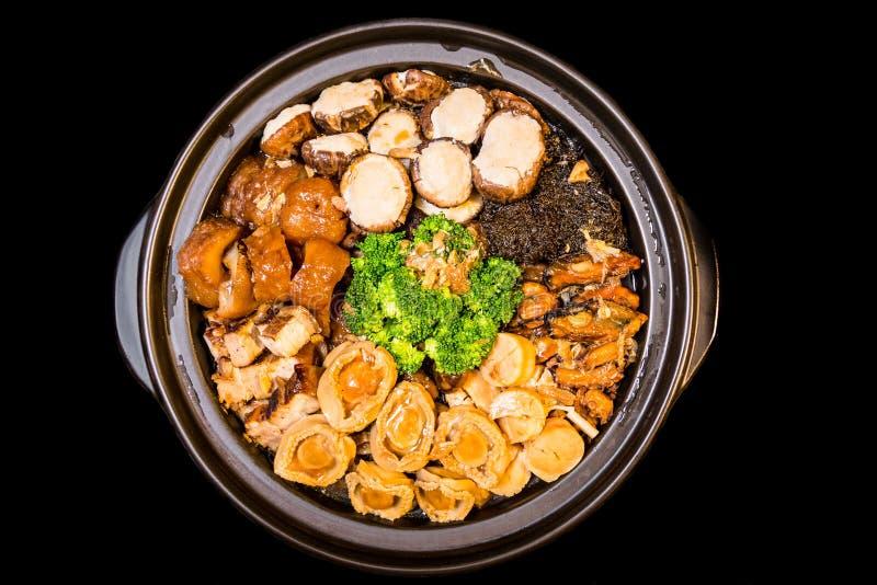 Chinese gestileerde Abalone gemengde schotel Ook genoemd geworden Poon Choy in Chinees royalty-vrije stock foto