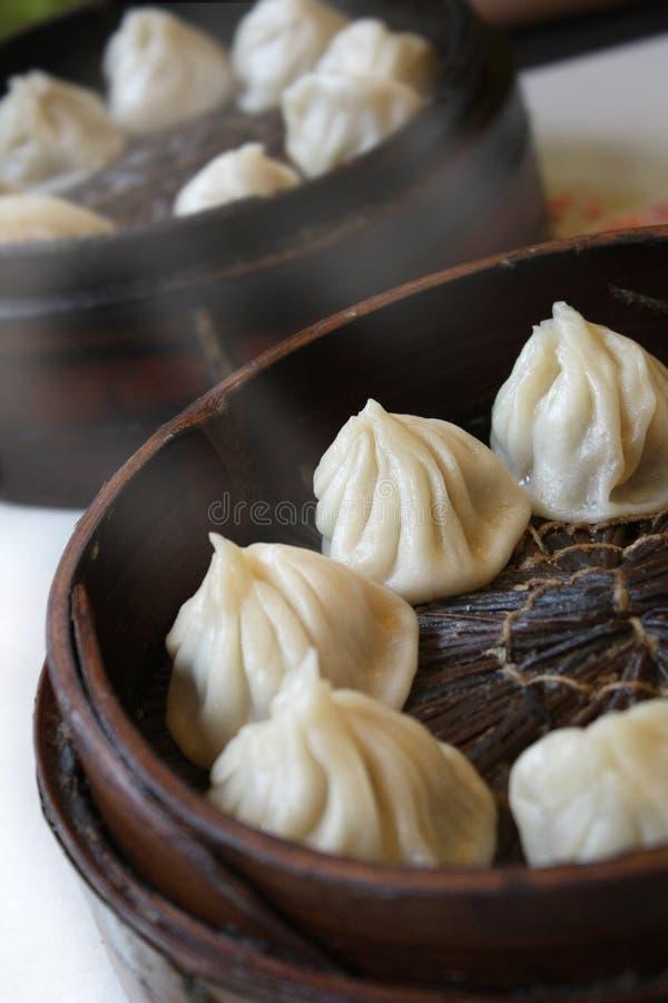 Chinese gestoomde broodjes stock afbeeldingen