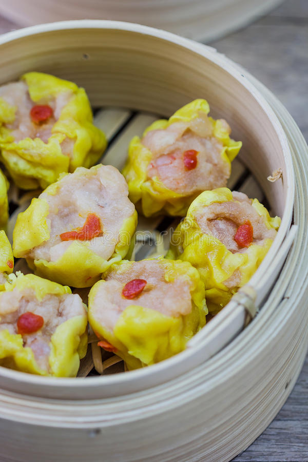 Chinese Gestoomde Dimsum in Bamboe royalty-vrije stock fotografie