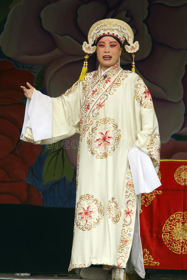 Download Chinese Jin Opera editorial image. Image of color, attire - 20881925