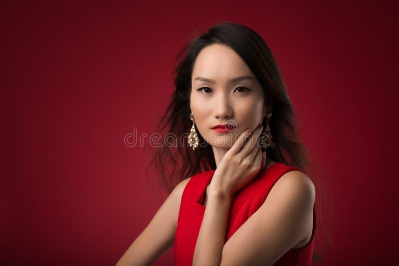 Chinese jonge vrouw royalty-vrije stock afbeelding